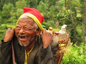 happy-old-man-nepal